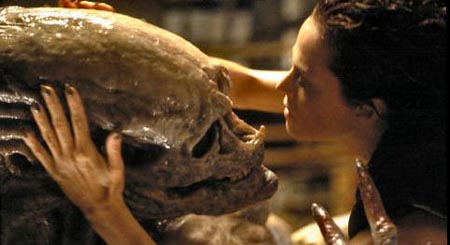 5CBF206132 Alien: Resurrection (1997)