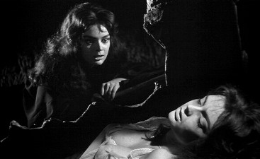 The Vampire and the Virgin: Barbara Steele confronts herself.