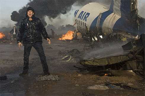 John Koestler (Nicolas Cage) in the aftermath of a massive plane crash