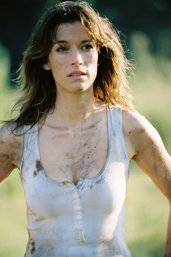 Brooke Langton as Aviva