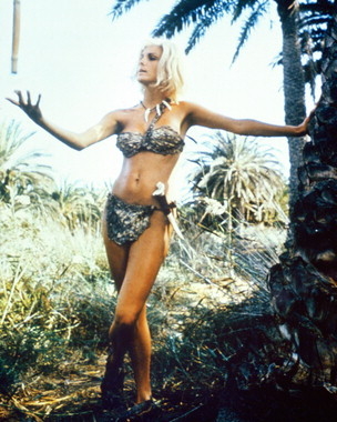 Victoria Vetri in WHEN DINOSAURS RULED THE EARTH
