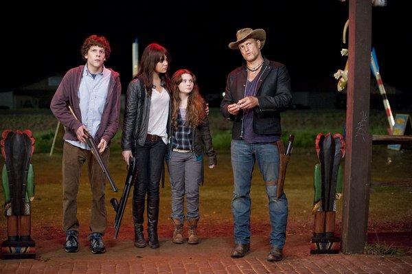 Jake Eisenberg, Abigail Breslin, Emma Stone, Woody Harrelson