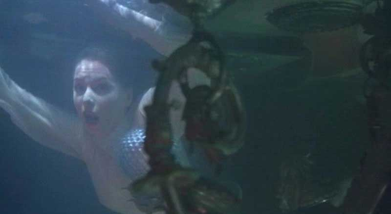 The underwater sequence - one of the film's highlights - was not co-directed by Mario Bava, despite rumors to that effect.