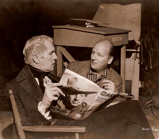 Actor Vincent Price anc composer Les Baster, behind the scenes of HOUSE OF USHER