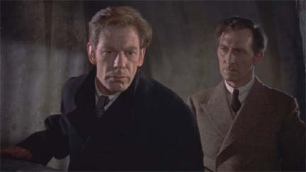 Michael Gough (left) with Peter Cushing