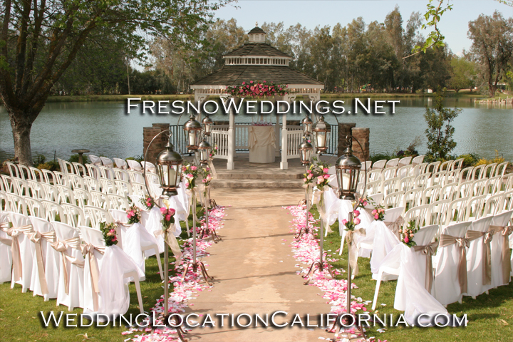 Wedding decoration wedding decoration ideas for outdoor for Backyard wedding ceremony decoration ideas